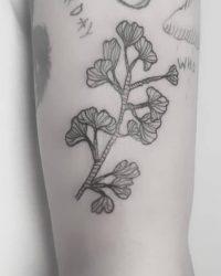 Contrast tattoo